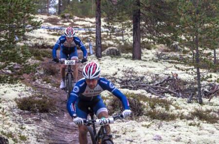 NORGESCUPFINALE: I fjor ble det dobbeltseier til Team Trek Mesterhus. I år stiller hele Norgescupeliten til Rørosrittet, som er siste ritt i årets maratoncup. Foto: Haakon Funderud Lundkvist