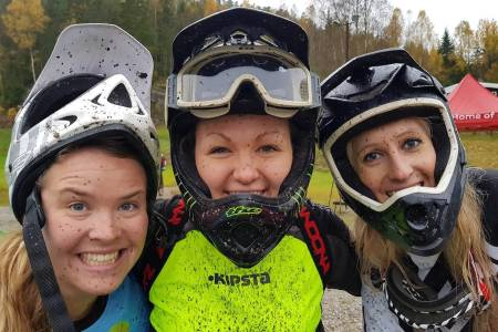 Super stemning på Jentenes Dag i Kjerringåsen sist søndag. Foto: Hanne Holmstrøm Karlsen