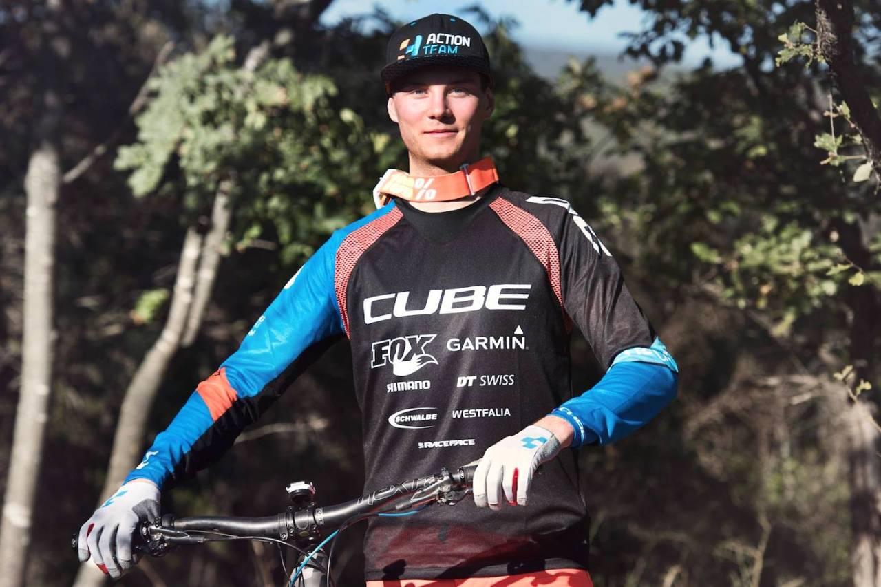 Zakarias Blom Johansen sykler for Cube i 2018. Foto: Cube
