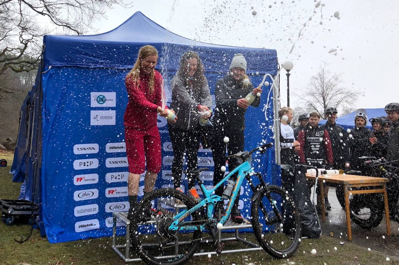De norske jentene dominerte pallen i ESS Gøteborg: Vera Leivsdottir vant foran Anette Røssum Bastnes (til venstre) og svenske Josefine Björkmann, mens Alice Grindheim ble nummer fire. Foto: Håvard Mageli