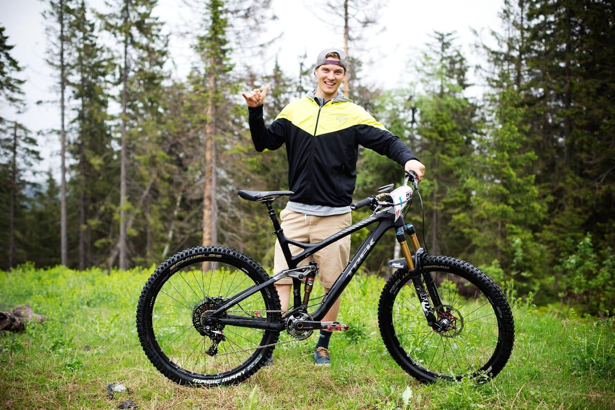 IKKE BARE NEDOVER: En stisykkel med 140mm vandring har blitt det primære treningsredskapet gjennom sesongen.