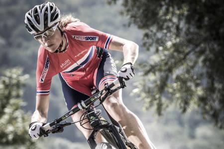 Gunn-Rita Dahle Flesjå ble nummer to på finalerunden i året verdenscup rundbane. Rittet gikk i Vallnord i Andorra, der VM ble arrangert i fjor på samme tid. Foto: Multivan Merida