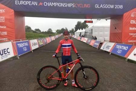 Gunn-Rita Dahle Flesjå mistet kjedet og medaljesjansene under EM i Glasgow. Foto: Team Merida Gunn Rita