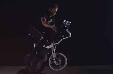 Det norske selskapet Activetainment er klare for å lansere sykkelsimulatoren ebove B/01 etter 3 1/2 års utvikling. Foto: Activetainment