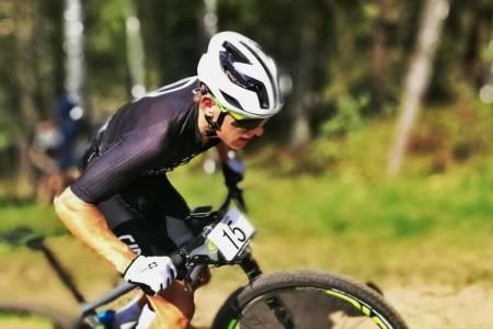 Tobias Johannessen under UCI-rittet i Vårgårda i Sverige i mai. Foto: Mia Aarstrand