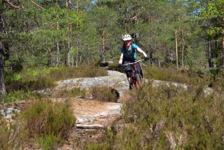 Glad guide: Eva Eriksson fra NOTS Oslo og Omegn gleder seg til å vise vei i over Dalsåsen på torsdag.