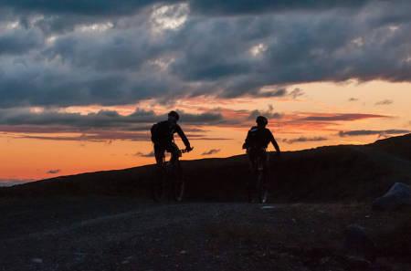 OffroadFinnmark lanserer en 15-mils-utgave i 2016, som vil være åpen for fatbikesyklister, solo-ryttere og junior-team. Foto: Venche Jensen/OffroadFinnmark