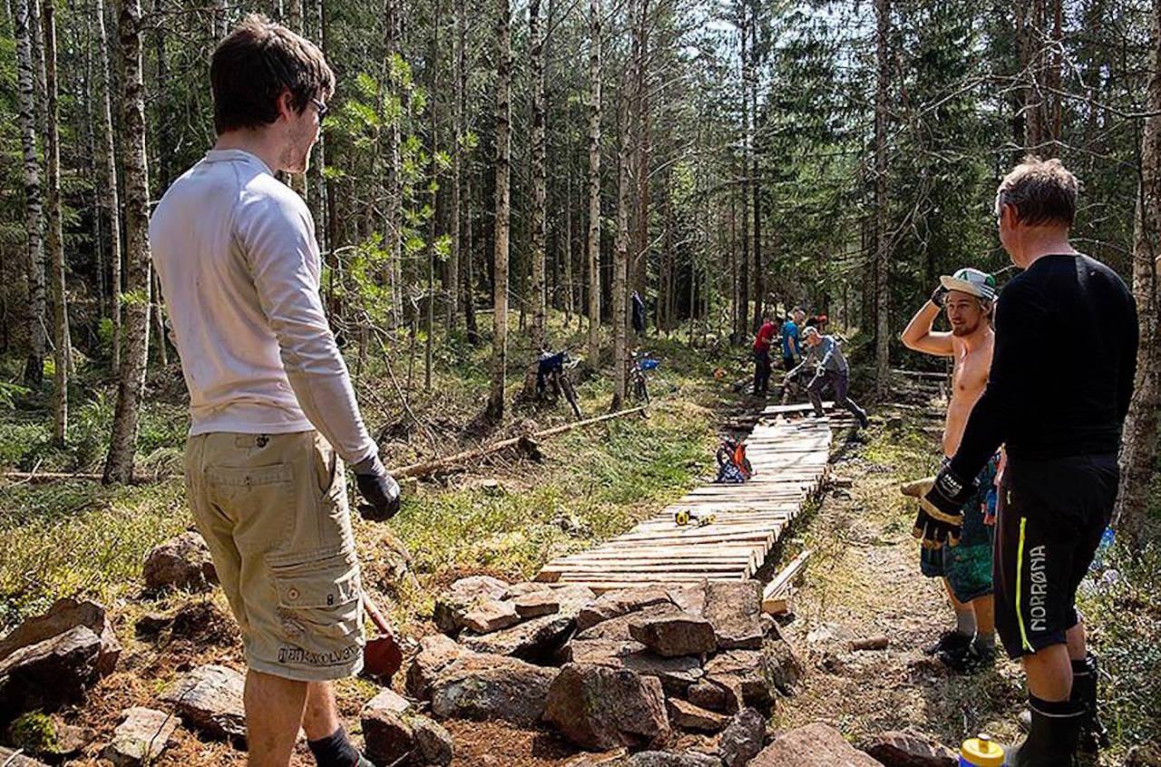 Lørdag er siste sjanse til å ta i et tak for den nye traséen i Terrengsykkelrittet. Foto: NOTS Oslo og Omegn