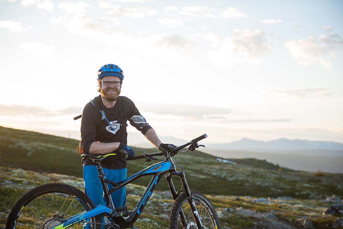 PATRULJESJEF: Knut Myking skal guide oss gjennom noen av landets fineste stier i den nye programserien Stipatruljen. Bilde: Vegard Breie