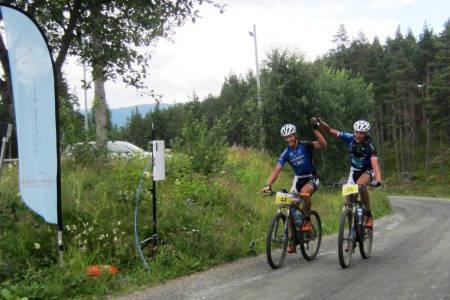 Det nederlandske laget KMC med Gerben Mos og Bram Room vant Offroad Valdres med rett under to minutters margin. Foto: Ingeborg Scheve