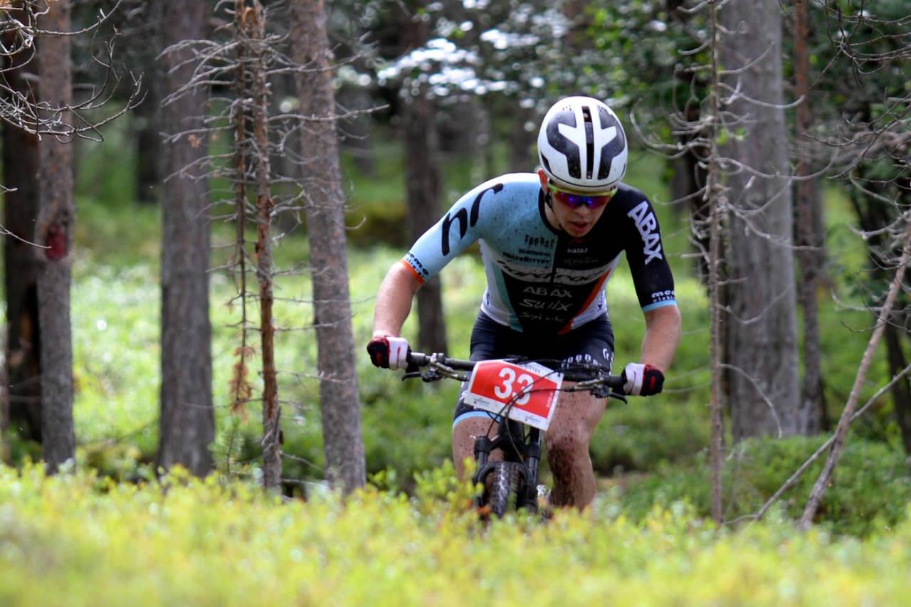Fredrik Haraldseth tapte målspurten mot Matthias Wengelin med en halv sykkellengde, men de to fikk registrert samme tid. Foto: Kent Murdoch