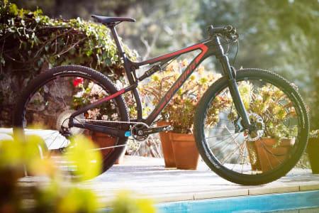 RASK: Merida Ninety Six er en kvikk rittsykkel. Foto: Kristoffer Kippernes