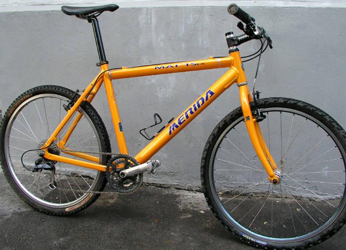 Enkel og grei sykkel som tar deg raskt frem i bytrafikken.