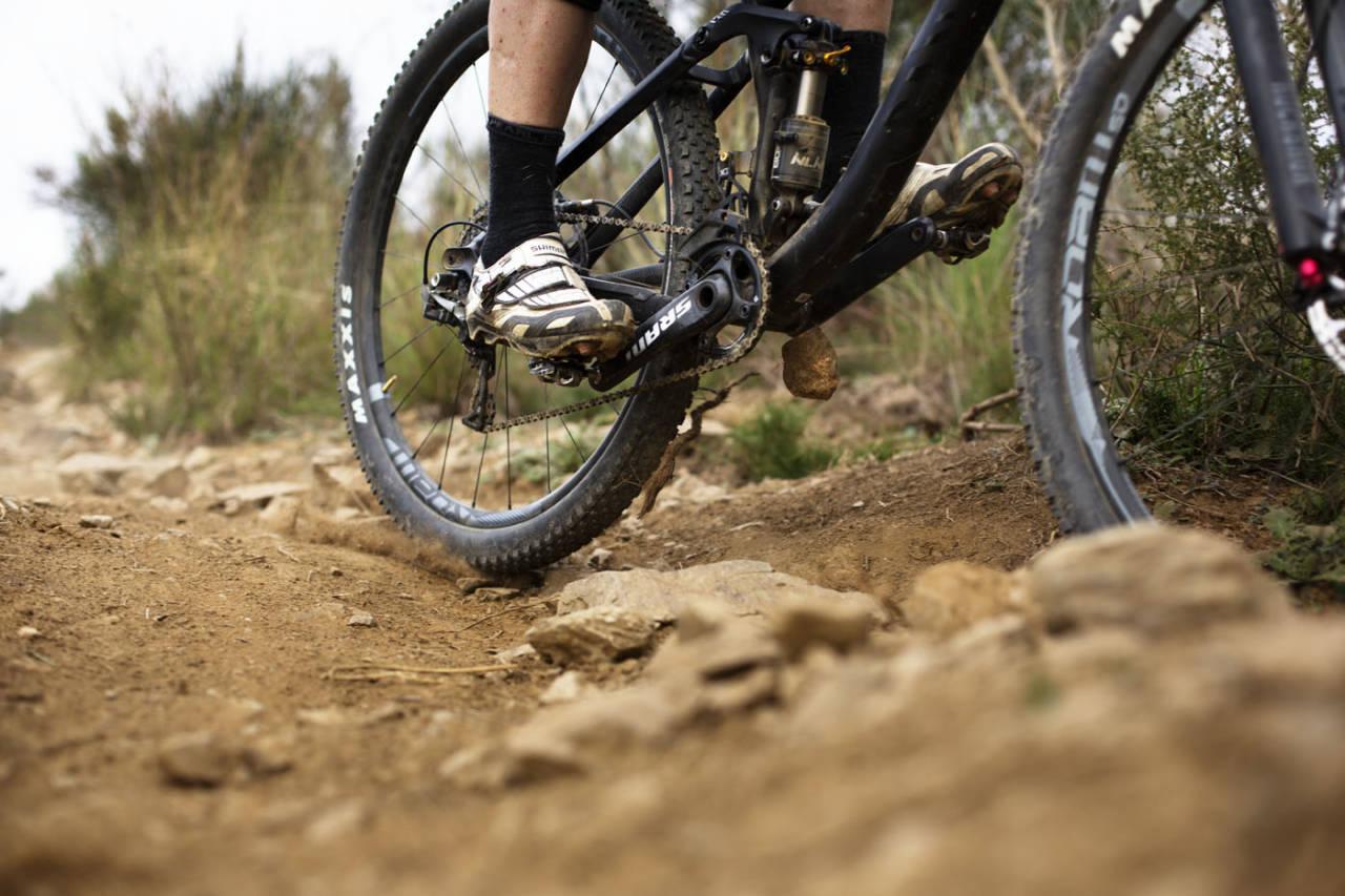 KLIKKET INN: Er du redd for å feste skoene i pedalen? Les våre tips for å overvinne frykten. Foto: Kristoffer H. Kippernes
