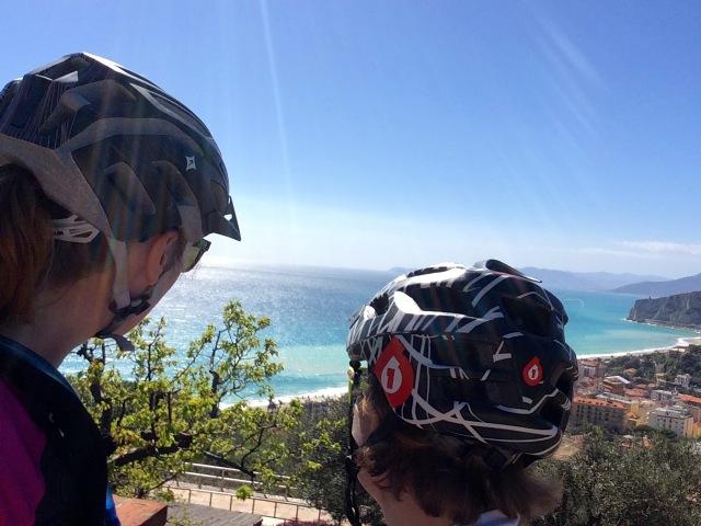 Jenter på Rivieraen - Kajas reisebrev