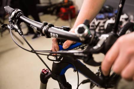 NÅR ALT STEMMER: Stram stemmet, og sykkelen føles som ny! Foto: Christian Nerdrum