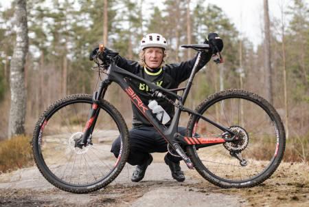 Øyvind Aas får med seg noen av landets største maraton-, sprint- og rundbane-syklister som rådgivere i tredje sesong av Rittklar. Foto: Christian Nerdrum