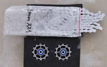 OPPGRADERING: Ceramic Speeds trinsehjul og kjedebelegg lokker med sparte watt, men til høy pris. Alle foto: Øyvind Aas